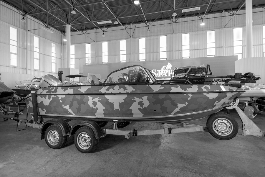Volzhanka 53 Legend Fish с мотором Honda 90