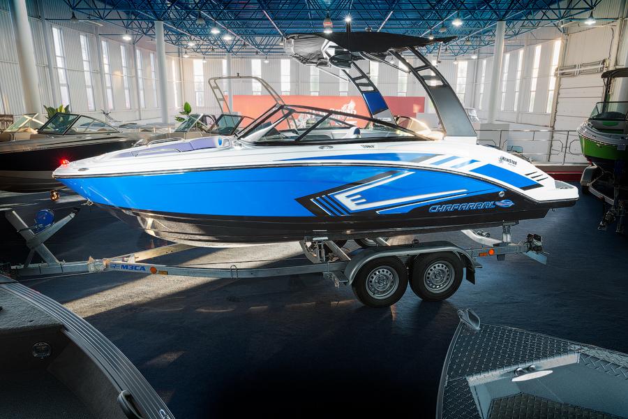 Обзор катера Chaparral 203 Vortex VRX Синий