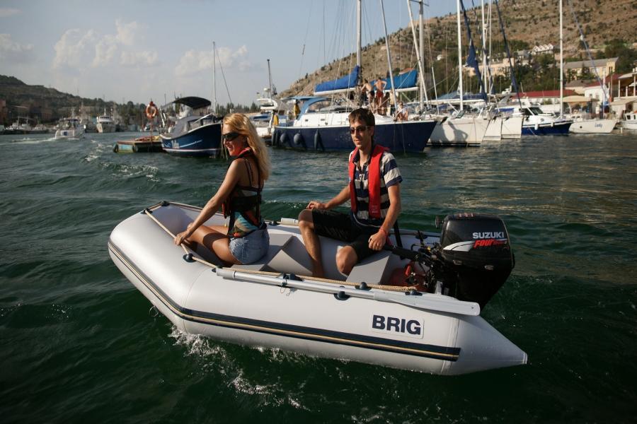 Лодка BRIG Dingo D300