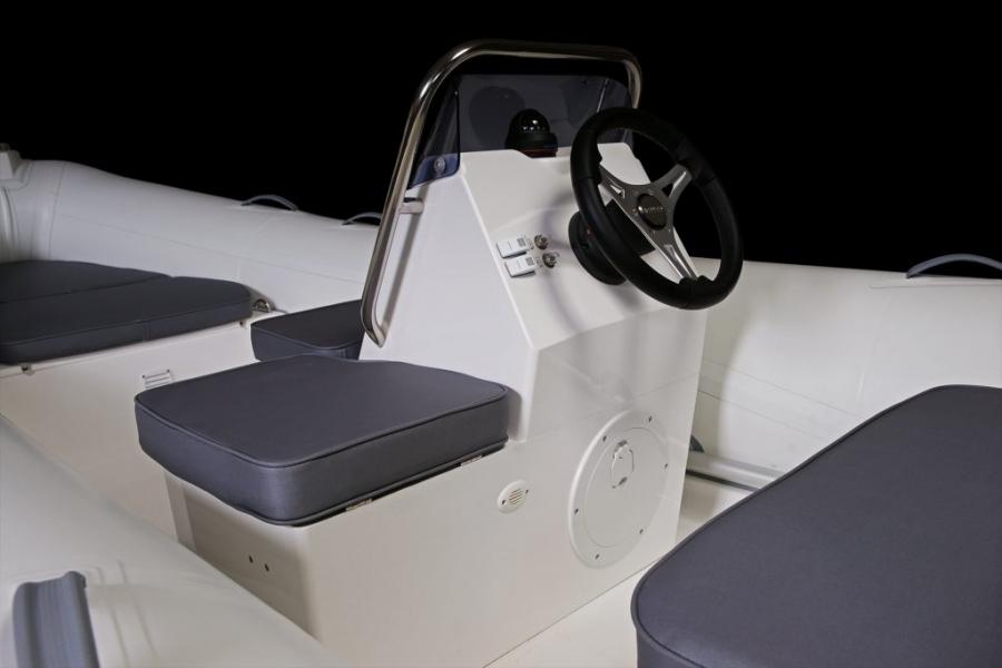 Лодка BRIG Falcon F480TL